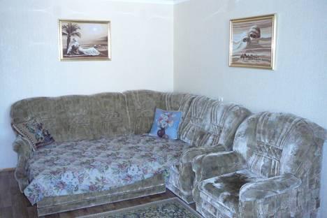 Сдается 2-комнатная квартира посуточно в Салавате, ул. Калинина, 18.