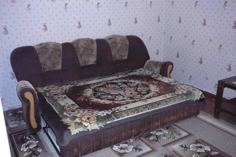 Сдается 2-комнатная квартира посуточнов Салавате, ул. Октябрьская,  70а.