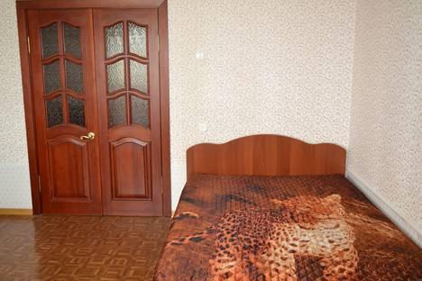 Сдается 2-комнатная квартира посуточнов Казани, Фатыха Амирхана 105.