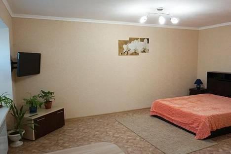 Сдается 1-комнатная квартира посуточно в Волжском, проспект им Ленина, 61.