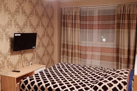 Сдается 1-комнатная квартира посуточно в Ангарске, 22-й микрорайон дом 43.