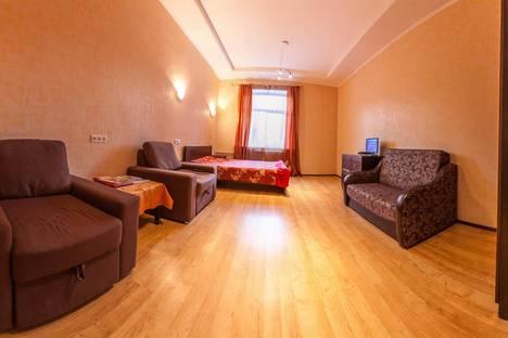 Сдается 2-комнатная квартира посуточнов Санкт-Петербурге, ул. Рентгена, д. 15.