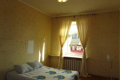 Сдается 2-комнатная квартира посуточнов Санкт-Петербурге, ул. Ефимова 1.