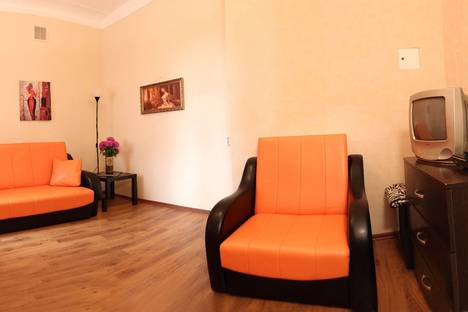 Сдается 1-комнатная квартира посуточнов Санкт-Петербурге, ул. Графтио, д. 4.