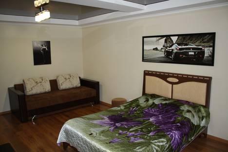 Сдается 3-комнатная квартира посуточно в Саратове, ул. Посадского, 322.