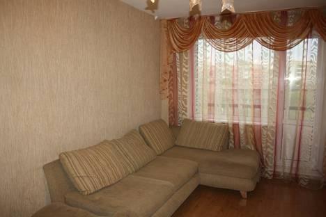 Сдается 2-комнатная квартира посуточнов Новокузнецке, ул. Кирова, 75.