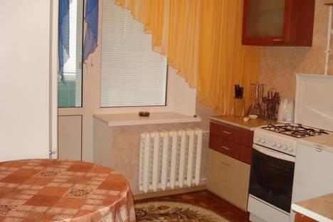 Сдается 1-комнатная квартира посуточно в Надыме, пр. Ленинградский, дом 11.
