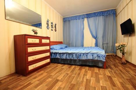 Сдается 1-комнатная квартира посуточнов Санкт-Петербурге, проспект Шаумяна, 45.