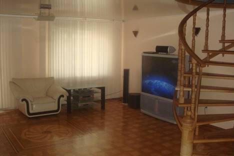 Сдается 3-комнатная квартира посуточнов Воронеже, Кирова, 8.