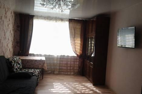 Сдается 2-комнатная квартира посуточно в Нижнем Тагиле, ул. Карла Либкнехта, 25.