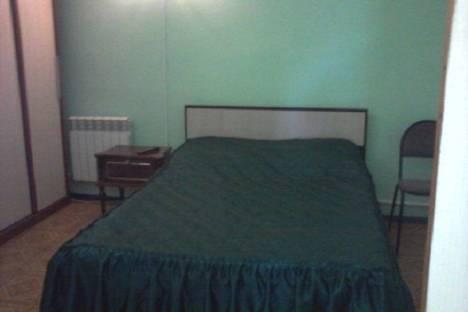 Сдается 3-комнатная квартира посуточно в Балакове, ул. Чапаева, 42.