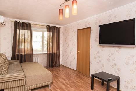 Сдается 2-комнатная квартира посуточнов Екатеринбурге, ул. Мамина-Сибиряка, 70.
