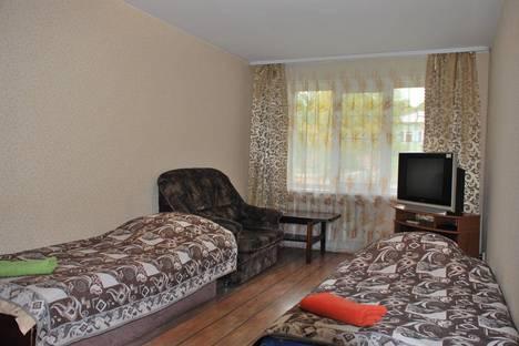 Сдается 1-комнатная квартира посуточно в Саянске, Центральный, 5.