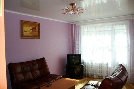 Сдается 2-комнатная квартира посуточно в Березниках, ул. Мира, 51.