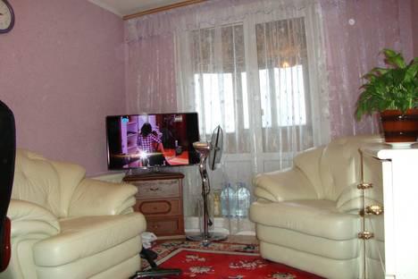 Сдается 2-комнатная квартира посуточно в Березниках, Свердлова 106.