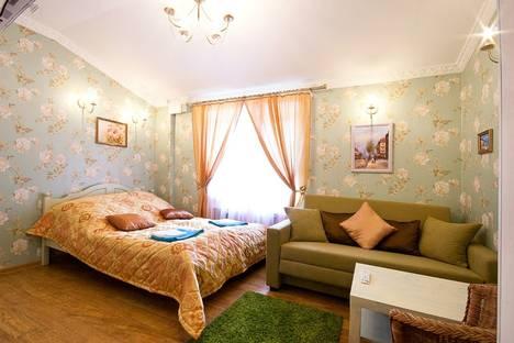Сдается 1-комнатная квартира посуточнов Санкт-Петербурге, пр. Невский, д. 90.