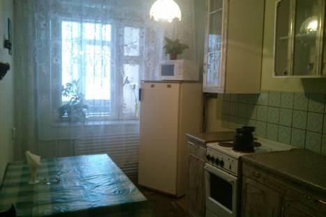 Сдается 2-комнатная квартира посуточно в Ульяновске, Новый город проспект Ленинского Комсомола, 5.