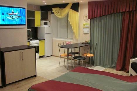 Сдается 1-комнатная квартира посуточнов Октябрьском, проспект Ленина,19.