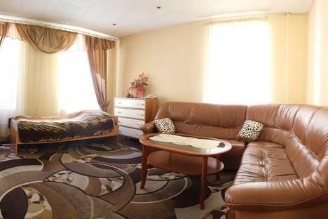 Сдается 3-комнатная квартира посуточнов Санкт-Петербурге, ул. Жуковского 36.