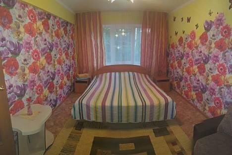 Сдается 1-комнатная квартира посуточнов Бийске, ул. Мухачева, 123.