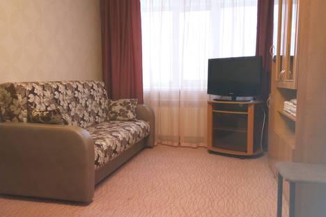 Сдается 1-комнатная квартира посуточно в Магадане, ул. Нагаевская, 46.