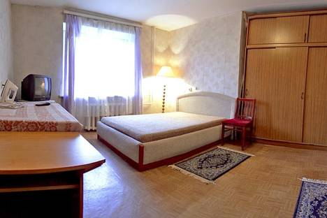 Сдается 1-комнатная квартира посуточнов Санкт-Петербурге, ул. Бадаева 1К2.