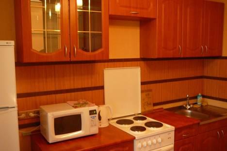 Сдается 1-комнатная квартира посуточнов Тюмени, ул. Мельничная д. 8.