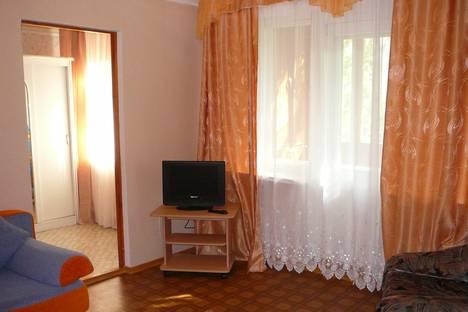 Сдается 2-комнатная квартира посуточнов Тюмени, Заводская ул., 2.