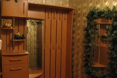Сдается 2-комнатная квартира посуточнов Верхней Салде, ул. Ильича, 5.