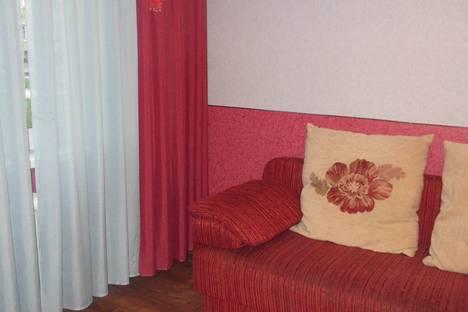Сдается 2-комнатная квартира посуточнов Томске, ул. Ивана Черных, 117.