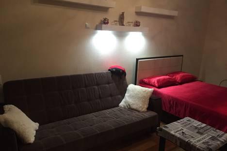 Сдается 1-комнатная квартира посуточно, Загородная 26.