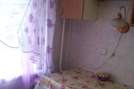 Сдается 2-комнатная квартира посуточно, ул. Газеты Звезда, 73.