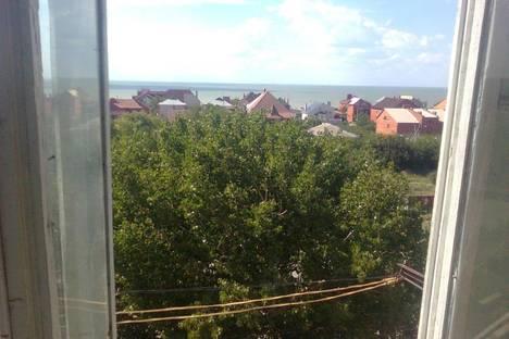 Сдается 1-комнатная квартира посуточно в Ейске, Ясенская 2\1.