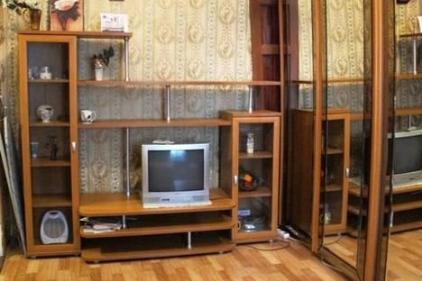Сдается 1-комнатная квартира посуточнов Санкт-Петербурге, линия 13-я В.О., 30.