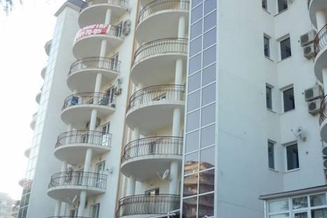 Сдается 1-комнатная квартира посуточнов Геленджике, ул. Приморская, 30.