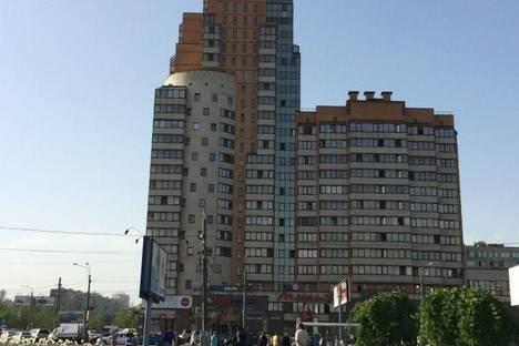 Сдается 1-комнатная квартира посуточнов Санкт-Петербурге, Спб, ул. Бухарестская, 96.