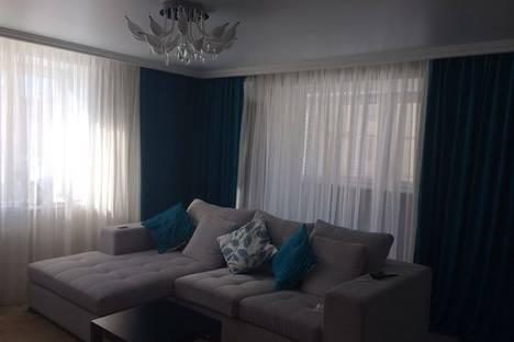 Сдается 1-комнатная квартира посуточнов Казани, ул. Сибгата Хакима 17.