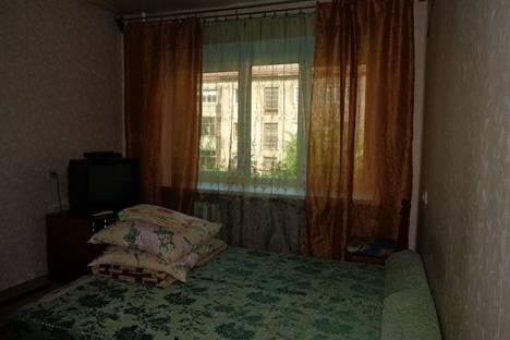 Сдается 1-комнатная квартира посуточнов Уфе, ул. Первомайская, 98.