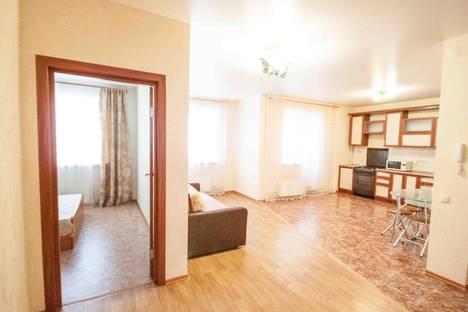 Сдается 3-комнатная квартира посуточнов Казани, ул. Академика Лаврентьева, 9.