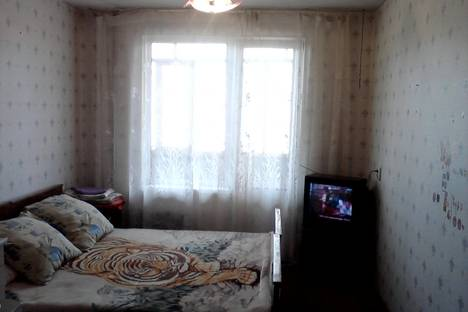 Сдается 1-комнатная квартира посуточнов Екатеринбурге, ул. Маяковского, 6.