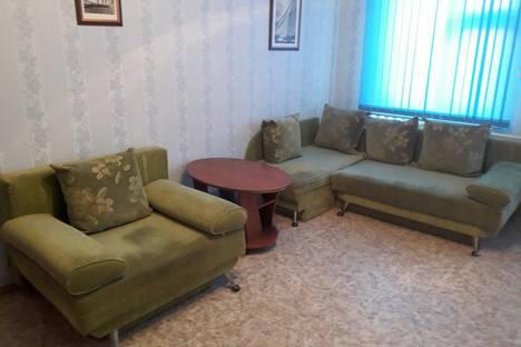 Сдается 3-комнатная квартира посуточно, Ханты-Мансийский автономный округ,Омская улица, 23.