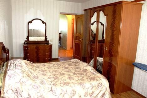Сдается 2-комнатная квартира посуточно в Хабаровске, Волочаевская 120.
