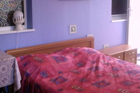 Сдается 1-комнатная квартира посуточнов Сочи, ул. Первомайская, 11.