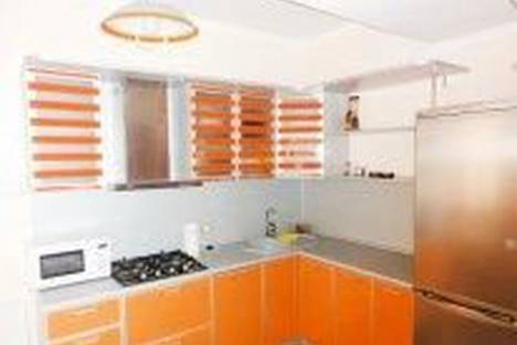 Сдается 3-комнатная квартира посуточно в Сочи, ул.Тургенева 4а.