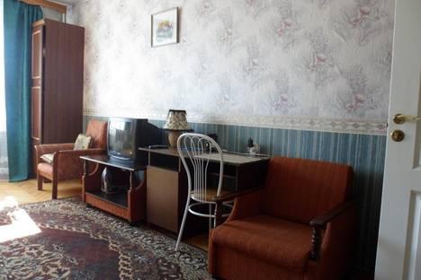 Сдается 3-комнатная квартира посуточнов Санкт-Петербурге, 21-я линия В.О., 16 к7.