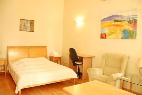 Сдается 1-комнатная квартира посуточнов Санкт-Петербурге, Невский проспект, 32.