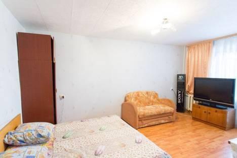 Сдается 1-комнатная квартира посуточно в Ижевске, ул.К.Либкнехта, д.9.