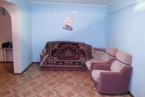 Сдается 2-комнатная квартира посуточнов Тюмени, ул. Рижская,  82.