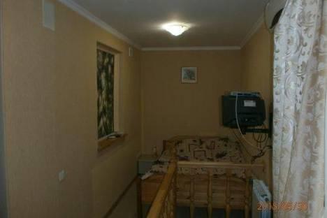Сдается 1-комнатная квартира посуточно в Сочи, ул. Виноградная, 25.