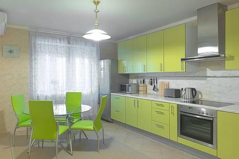 Сдается 2-комнатная квартира посуточнов Красногорске, Ильинский бульвар, 9.